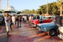 KLASİK ARABA - Bodrum'da Klasik Otomobillere Büyük İlgi