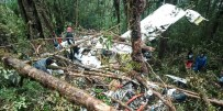 PAPUA YENI GINE - Endonezya'daki Uçak Kazasında Bir Çocuk Kurtuldu