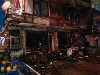 DOĞALGAZ PATLAMASI - Kastamonu'da Bir Markette Yangın Çıktı