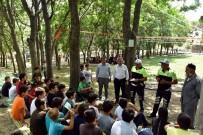 TRAFİK KURALI - Öğrencinin Sorduğu Soru Trafik Polisine Zor Anlar Yaşattı