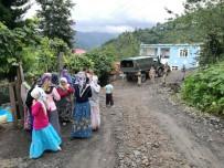 İLKÜVEZ - Ordu'da Heyelan Tehlikesi Açıklaması 18 Ev Boşaltıldı