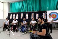 BAĞCıLAR BELEDIYESI - Silahlı Saldırıda Omurilik Felci Olan Engelli Murat, Hayata Ok Atarak Tutundu