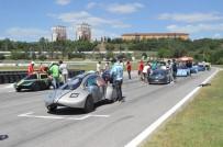 YıLDıZ TEKNIK ÜNIVERSITESI - Tasarladıkları Elektrikli Araçlarıyla Kıyasıya Yarıştılar