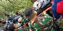 PAPUA YENI GINE - Uçak Kazasından Bir Tek O Sağ Kurtuldu
