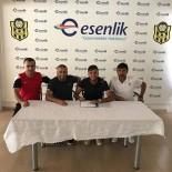 İMZA TÖRENİ - Yeni Malatyaspor, İstanbulsporlu Genç Futbolcuyu Kadrosuna Kattı