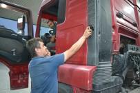 AHMET YAVUZ - Afyonkarahisarlı Tır Şoförü Yaptığıyla Herkesi Şaşırttı