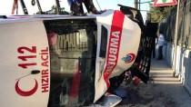 FLORYA - Bakırköy'de Ambulans Devrildi Açıklaması 3 Yaralı