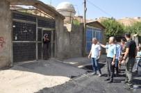 Cizre'de Sıcak Asfalt Çalışmaları Sürüyor