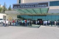 DICLE ÜNIVERSITESI - Diyarbakır'da Doktora Şiddet Kınandı