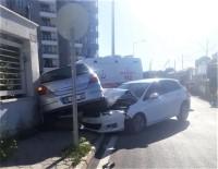 ULUDAĞ - Eskişehir'de Otomobiller Çarpıştı Açıklaması 2 Yaralı