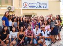 KADıN HAKLARı  - Kızıltoprak Gençlik Evi Avrupalı Öğrencileri Ağırladı
