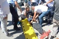 MEHMET ÖZKAN - Patenle Kayan Çocuğa Otomobil Çarptı
