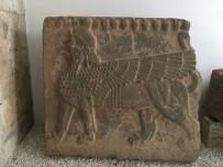 HAMZABEYLI - Sfenksli Bazalt Ortostat Evine Döndü