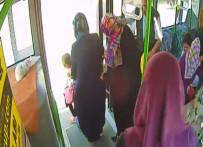 YOLCU TAŞIMACILIĞI - Yolcu Otobüsüne Taşlı Sopalı Saldırı