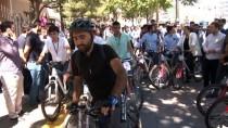 GENÇLİK KOLLARI - AK Parti Ankara İl Gençlik Kolları'ndan Bisikletli Kutlama