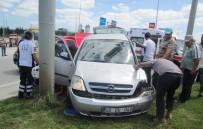 KARABIGA - Biga'da Kaza Açıklaması 2 Yaralı