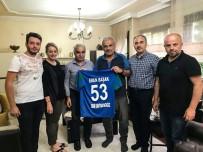 HASAN KEMAL YARDıMCı - Çaykur Rizespor'dan Eren Başak'ın Ailesine Taziye Ziyareti