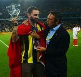 MILLI ATLET - Fenerbahçe'de Ramil Guliyev'e Plaket Verildi
