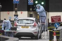 ŞÜPHELİ ARAÇ - İngiltere'de Bir Araç Yayaların Arasına Daldı Açıklaması 3 Yaralı