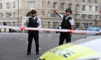 METRO İSTASYONU - İngiltere'deki Kazada Terör Şüphesi