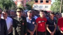 AHMET ÇıNAR - Kalp Krizi Geçiren Askerin Cenazesi Defnedildi