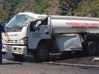 AKARYAKIT TANKERİ - Karabük'te Yakıt Dolu Tanker Takla Attı, Litrelerce Yakıt Yola Döküldü