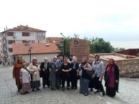 MUSTAFA TÜRK - Kırmızı Otobüsle Turizmit Gezileri Devam Ediyor