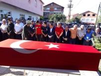 AHMET ÇıNAR - Rahatsızlanarak Hayatını Kaybeden Asker Son Yolculuğuna Uğurlandı