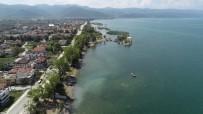 APOLLON TAPINAĞI - Göl Dibindeki Tarih Havadan Ve Su Altından Görüntülendi