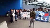 OTURMA EYLEMİ - İsveç'te Afgan Göçmenlere Destek