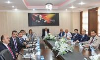 GÜMÜŞHANE ÜNIVERSITESI - Rektör Çomaklı, Ağrı'da Gerçekleştirilen Toplantıya Katıldı