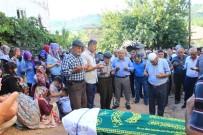 DEVLET HASTANESİ - Traktör Kazasında Ölen Yaşlı Adam Toprağa Verildi