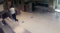 METAMFETAMİN - Uyuşturucuyla Uçağa Binmek İsterken Yakalandı