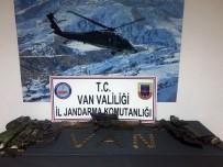 KAYGıSıZ - Van'da Biri Sağ 2 Terörist Ele Geçirildi
