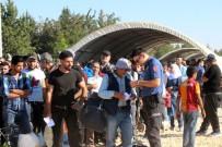 FIRAT KALKANI - Bayram İçin Ülkesine Giden Suriyelilerin Sayısı 27 Bini Aştı