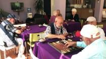 CÜNEYT ARKIN - Darülaceze Sakinlerine Aktivite Dolu Bir Yaşam Sunuldu