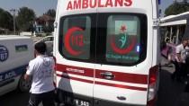 112 ACİL SERVİS - Düzce'de Yolcu Otobüsüyle Beton Mikseri Çarpıştı Açıklaması 3 Yaralı