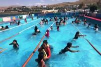 SELAHADDIN EYYUBI - Edremit'te Yaz Spor Okullarına Yoğun İlgi