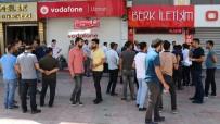 İŞPORTACI - Esnaf, Bayram Arifesinde Kepenk Kapattı