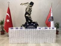 GİZLİ BÖLME - Hakkari'de 6 Bin 980 Paket Sigara Ele Geçirildi