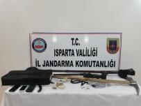 Jandarmanın Kaçak Kazı Operasyonunda Bizans Ve Antik Döneme Ait Tarihi Eser Ele Geçirildi
