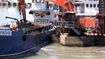 GİRESUN - Ordu'da Selden Etkilenen Balıkçı Barınağı Temizleniyor