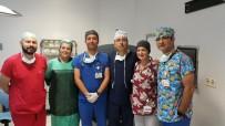 OMURİLİK - Robotik Cerrahiyle İdrar Kanallarından Mesane Büyütülmesi Ameliyatı Yapıldı