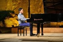 JOHANN SEBASTİAN BACH - Singapurlu Piyanist Shaun Choo'dan Gümüşlük'te Unutulmaz Konser