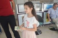 DÖVİZ BÜROSU - TL'ye Destek İçin Kumbarasındaki Dolarları Bozdurdu