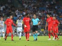 NECIP UYSAL - UEFA Avrupa Ligi Açıklaması LASK Linz Açıklaması 2 - Beşiktaş Açıklaması 1 (Maç Sonucu)
