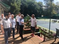 GENÇLİK VE SPOR İL MÜDÜRÜ - Vali Çınar, Tenis Kortunda İncelemelerde Bulundu