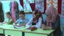 İŞİTME ENGELLİ - Yaz Kur'an Kursunda Engellilerle Buluşuyorlar