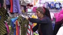 SURİYE - Yoksul Çocuklara 'Bayramlık' Hediyesi