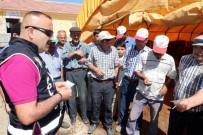 DOLANDıRıCıLıK - Yozgat'ta Polis Ekipleri Hayvan Pazarında Sahte Para Uyarısı Yaptı